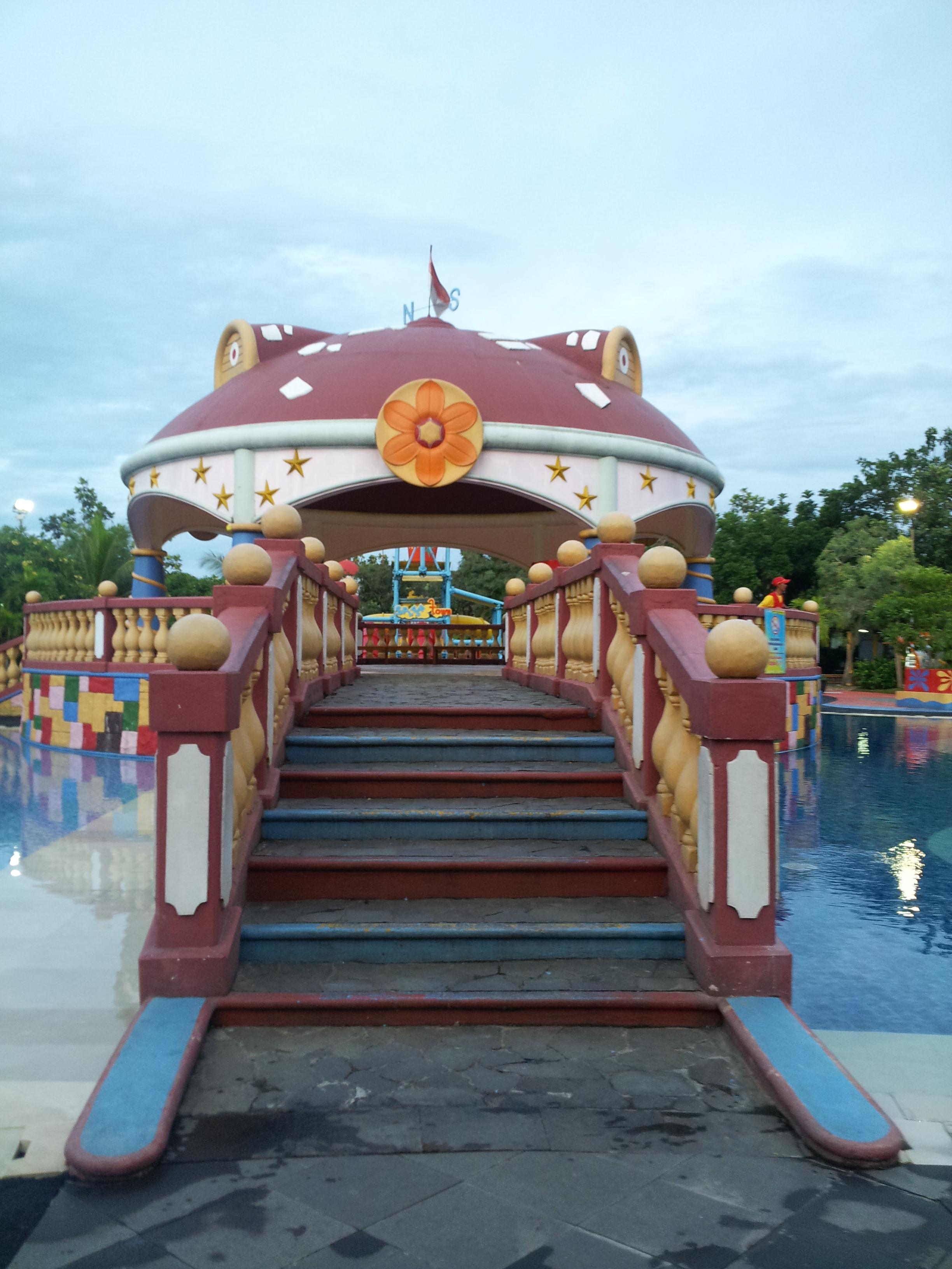 Wisata Banten Ocean Park Bsd Tangerang Jurnal Si Nia Tiket Photo By